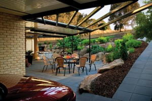 stratco-outback-Flat-and-Pergola-02